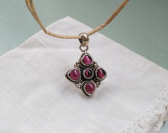 Sterling Silver 925 and pink vintage stones. Silver pendant
