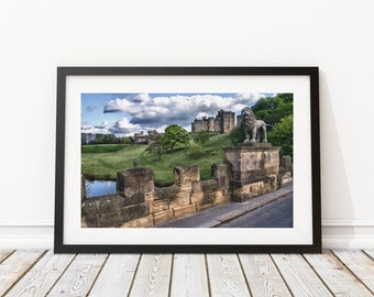 LNO215 - Alnwick Lion and Castle