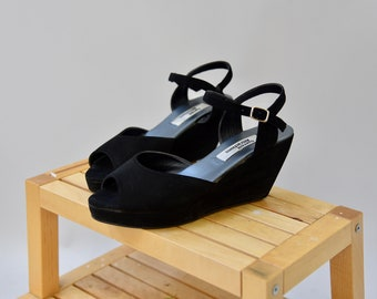 1990's Casual Attractions black peeptoe wedge sandals • size 9