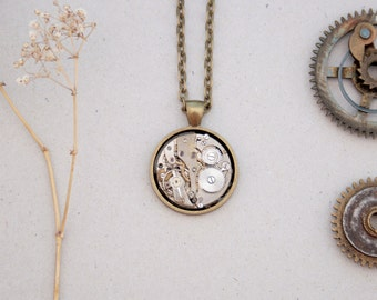 Geeky Necklace Steam Punk Pendant Watch Necklace Industrial Pendant Whimsical Clockwork Statement Necklace Steampunk Jewellery