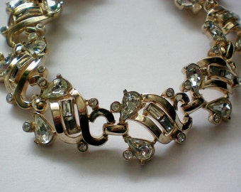 Baguette, Round and Pear Rhinestone Link Bracelet - 4421