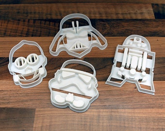 Star Wars Cookie Cutters x 4 -  Darth Vader, Storm Trooper, C3PO & R2D2 (Biscuit Cutters)