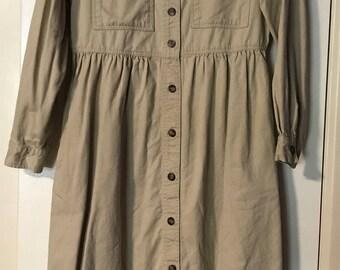1980s Clothing Vintage womens khaki  Dress Long Sleeve size 8 petite Vintage J. G. HOOK