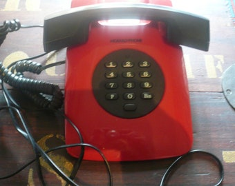 VINTAGE FRENCH  Red Telephone 80 '