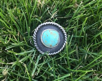 Turquoise mountain shadowbox ring with adjustable band