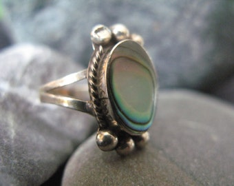 TAXCO Mexico Abalone Ring Signed Sterling Silver Women's size 5 signed and eagle mark