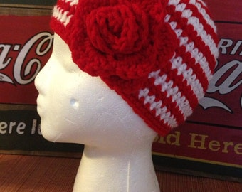 Basic Beanie with large Flower Crochet Pattern