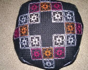 Biscornu Pin Cushion, 16 Count Aida,  Birthday Gift,  Needlepoint, Point dr Croix