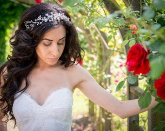 Very romantic mixed pearls bridal headband, Hair vine