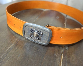 Brown leather belt with Navy Divers buckle
