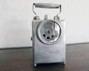 The Wonder brand lamp type Agral cast aluminum - Lantern Wonder brand