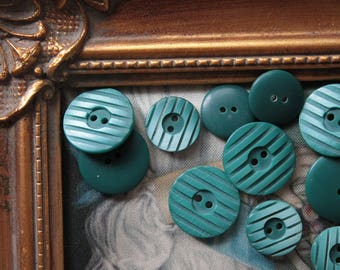 16 buttons green bottle, green, green haberdashery, French couture, vintage fashion, 664