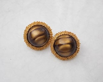 Vintage 1980s Gold Tiger Eye Round Clip On Earrings by Trifari