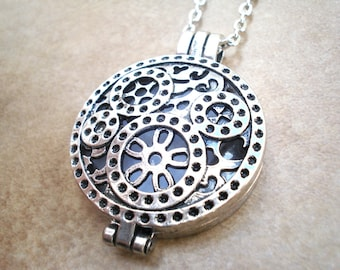Silver Steampunk Aromatherapy Locket and Necklace - Silver Locket Aromatherapy Necklace - Aromatherapy Diffuser Jewelry - Personal Diffuser