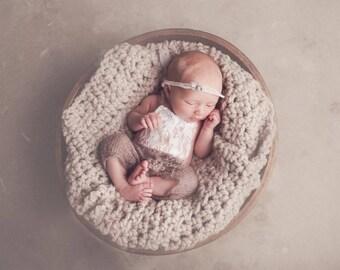 Linen Newborn Baby Blanket Chunky Photo Prop