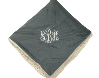 Monogrammed micro sherpa throw, Personalized Blanket, College Blanket,  Monogrammed Throw, Personalized Graduation Gift, Off to college gift