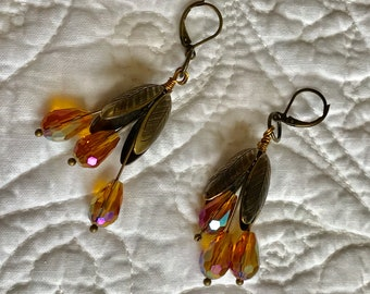 Floral Earrings Antique Gold Wires Golden Teardrop Facets