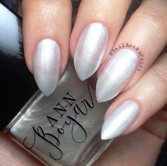 Rubio esmalte de uñas blanco perla brillo de uñas uñas de