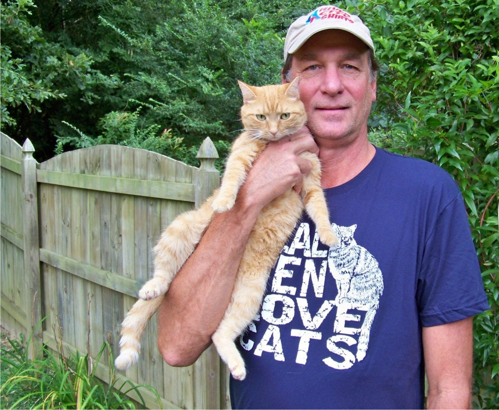 Fathers Day gift, Cat Tshirt, funny tees, Real Men Love Cats, cat shirt, graphic tee, boyfriend gift, gift for dad, cat lover gift