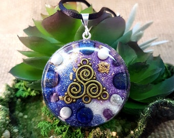 SPIRITUAL GROWTH Orgone Pendant – Lapis Lazuli, Amethyst and Howlite - To Aid Spiritual Journey and Increase Intuition - Large