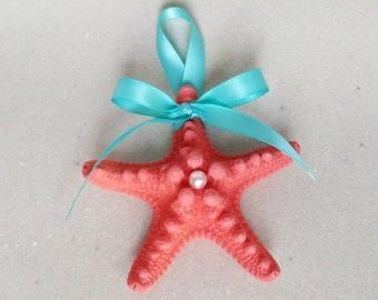 Painted Knobby Starfish Ornament - Choice of Color- Christmas Tree Wedding Favors  - Coastal Nautical Rustic Beach Sea Xmas Ornament Favor