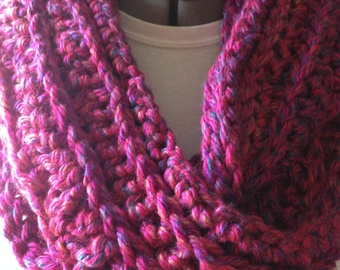 Infinity Scarf - Thick - Chunky and Soft - Fuchsia - Purple - Handmade Crochet - Ready to Ship