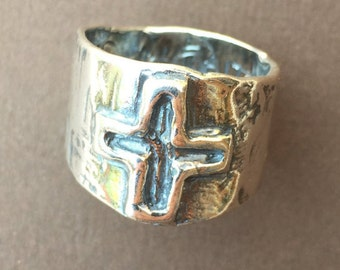 Sterling Silver  Incised Cross Ring/6.5