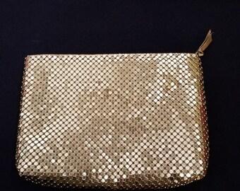 ON SALE Vintage Gold Metal Mesh Purse / Evening Bag
