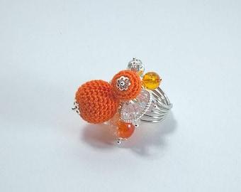 Spritz! Multibeads ring with orange crocheted beads