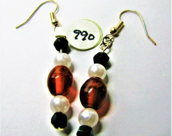 Red, White, And Black Beaded Earrings With Silvertone Hangers - Item 990 E