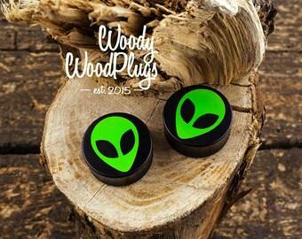 Plugs with alien image - ear plugs - ear tunnels 10 mm - 12 mm - 14 mm - 16 mm - 18 mm - 20 mm - 22 mm - 24 mm - 26 mm - 28 mm - 30 mm