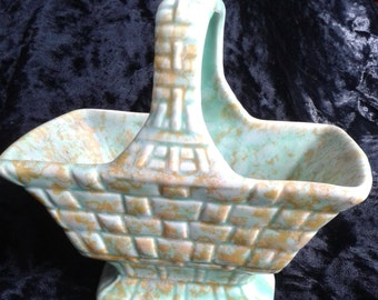 Wade Heath Green Basket Brick Pattern