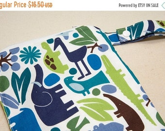 Spring Sale 2D Zoo Pool - 12x12 Sweet Bobbins Wet Bag - SEAM SEALED - Snap Strap
