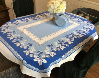 Vintage Tablecloth Yummy Strawberries Blue & White Retro Kitchen