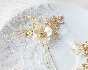 Bridal Hair Pins, Wedding Hair pins, Wedding Headpiece, Gold Hair Pins, Rhinestone Hair Pins, Gold Headpiece, Leaf pin, Crystal Hair pin