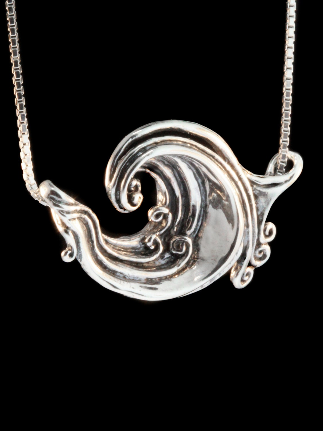 modeled products pendant wave ocean necklace