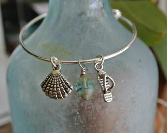 Flip Flops bracelet // Sea Shell bracelet // adjustable silver bangle bracelet // wire wrapped bead