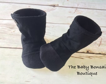 Black Out - HighTop Baby Booties