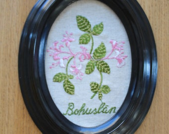 Vintage Swedish embroidered flower picture from Bohuslan area - Swedish embroidery - Scandinavian
