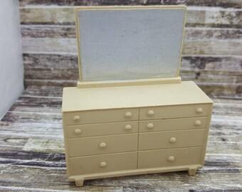 Marx Vintage Bed room Dresser Contemporary Doll House Toy Plastic Furniture Beige