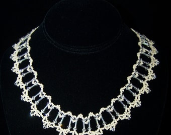 Jolie Necklace in Ivory