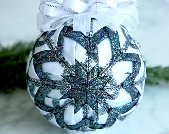 Quilted Christmas Ornament Ball-White-Silver-Silver Lining