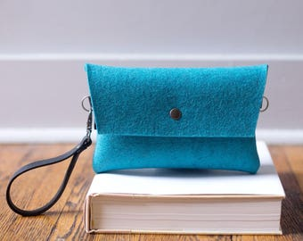 Tiny Clutch in Turquoise