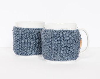2 Knitted mug cosies, cup cosy, mug cosy, coffee cosy in denim blue. Coffee mug cosy / coffee sleeve as a coffee gift!