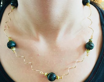 African Dark Green Faceted Jasper Stones With Serpentine Stones And Gold Brass Twisted Wires Necklace