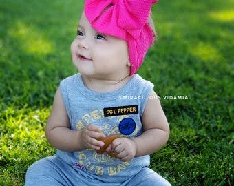 Hot pink textured headband bow