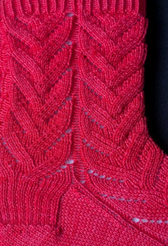Knit Sock Pattern: Easy Lace Socks Knitting Pattern