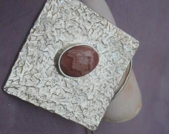 Sterling Silver Pendant. (22)
