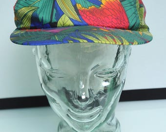 Vintage Tropical Parrot Colorful Snapback