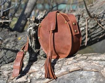 Round bag/crossbody bag/circle bag/leather handbag/gift for her/leather purse/designer bag/small leather bag/handmade leather bags/stylish/